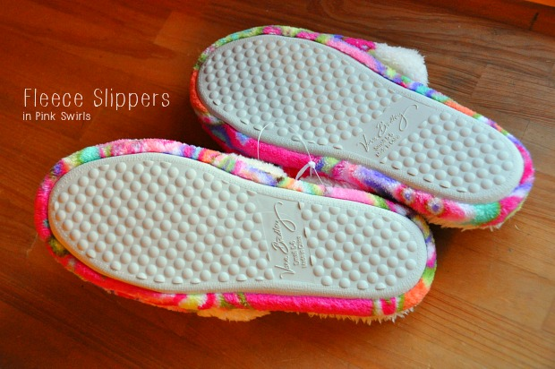 Fleece Slippers in Pink Swirls110839